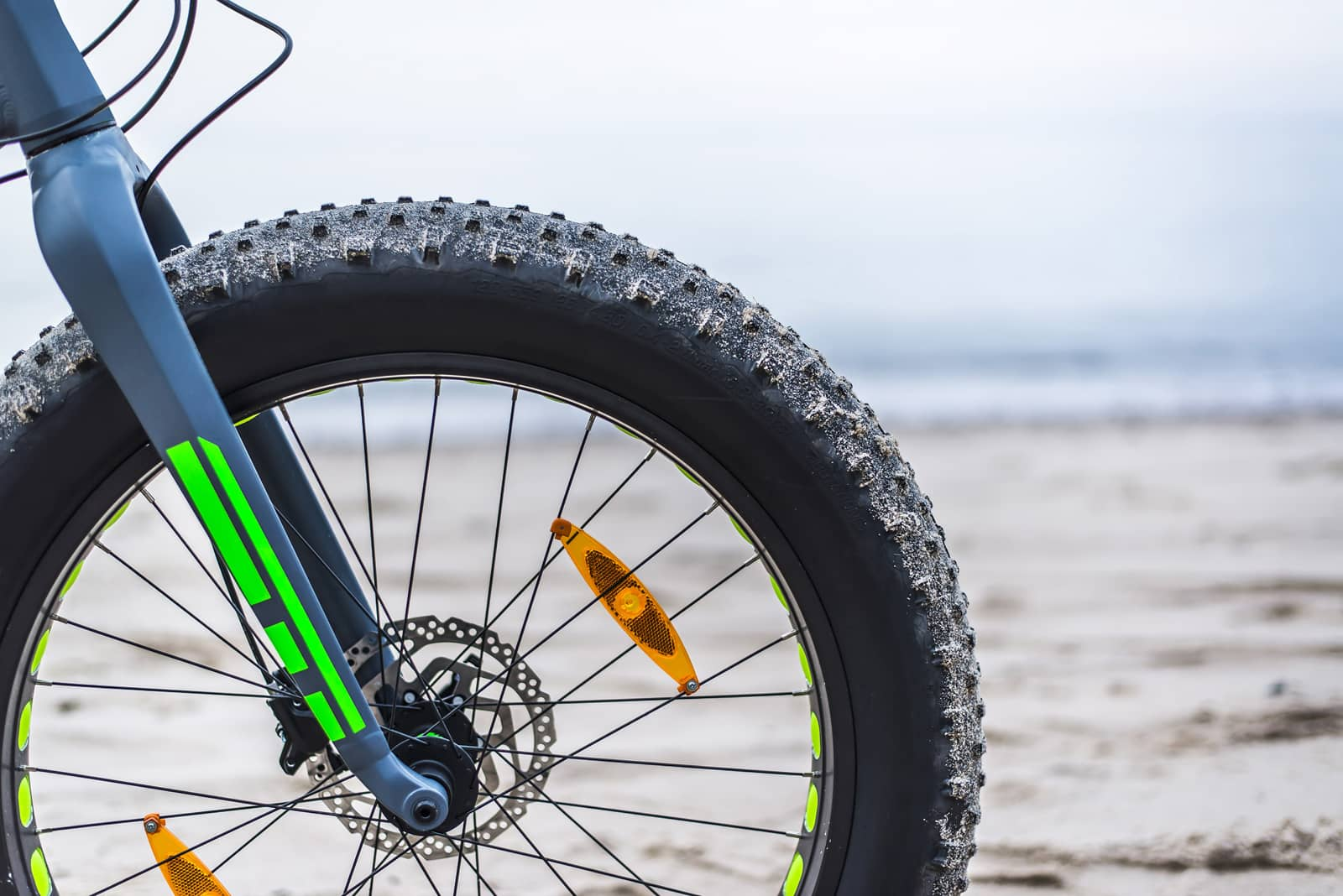 why-do-electric-bikes-have-fat-tires
